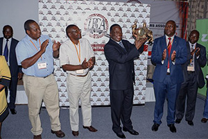 Zimbabwe Building Contractors Association Meets Minister of Local Government